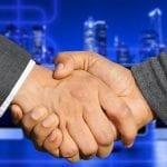 Lainaa yhteishakijan kanssa – Mitä hyötyjä rinnakkaishakijasta?